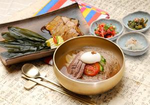 冷面/韩式猪肉包菜套餐